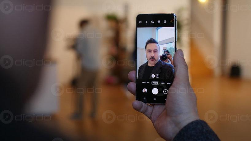 دوربین سلفی گوشی S20 پلاس