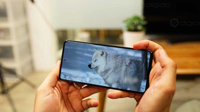 وضوح نمایش گوشی a51